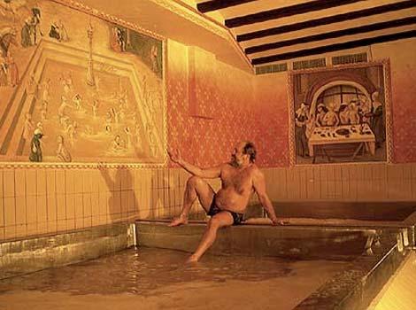 In austria il bagno si fa nella birra - 94 si fa in bagno ...