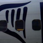 Ryanair: riparato con lo scotch un finestrino rotto!