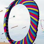 Il cielo di Fuerteventura si colora con gli aquiloni del Kite Festival