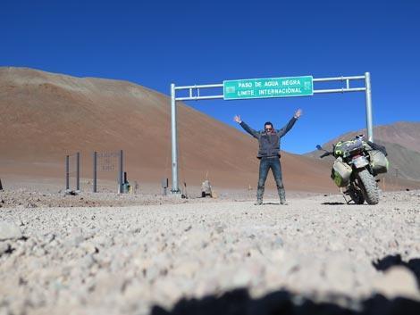 viaggio in moto in solitaria paso de aqua negra