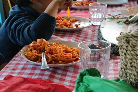mangiare al casale sul fiume treja