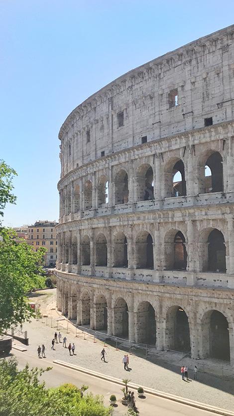 Tour autobus a due piani a Roma: il Colosseo