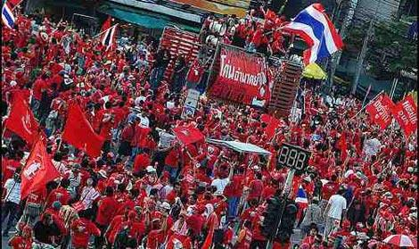 """Protesta delle """"camicie rosse"""""""