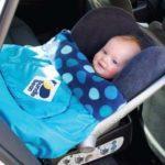 Viaggiare con bambini: coperta impermeabile per passeggino
