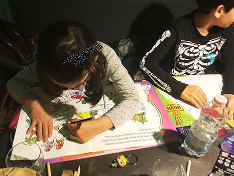 Movie Restaurant a Roma: menù bambini con tovaglietta e colori