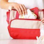 Viaggiare con un neonato: 5 oggetti che vi facilitano la vita